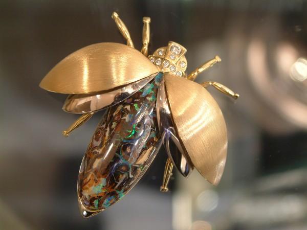 Opal-Brillant-Brosche Käfer